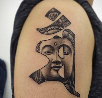 属兔的人纹身_生肖纹身大全:属兔的人纹身什么好?30幅图案推荐 - 广州纹彩刺青